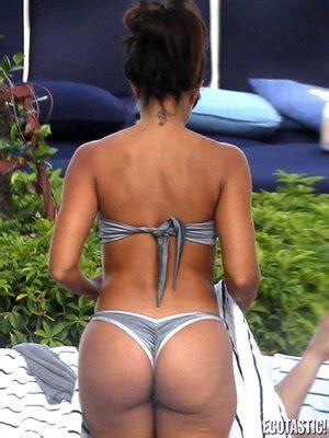 rita andrade swimsuit la modelo cubana vida guerra y su bikini plateado