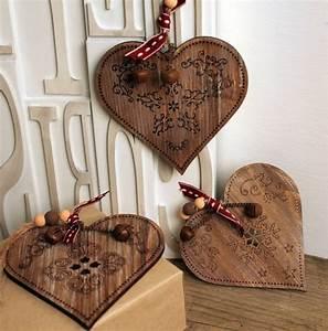 Deko Weihnachten Holz : 100 ideen f r faszinierende deko aus holz schmuck von der natur ~ Frokenaadalensverden.com Haus und Dekorationen