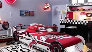 Lit Voiture Garcon : chambre voiture garcon ~ Teatrodelosmanantiales.com Idées de Décoration