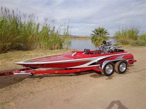 Boats Unlimited by Drag Boats Unlimited Blitz Runner Bottom Raceboats