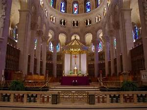 Saint Anne de Beaupre Basilica of Quebec City - YouTube