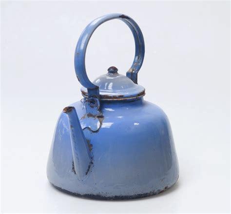 ustensile de cuisine vintage bouilloire vintage objet décoratif retro ée 40