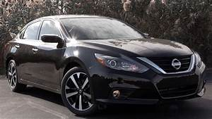Nissan Hybride 2018 : 2018 nissan altima review youtube ~ Melissatoandfro.com Idées de Décoration