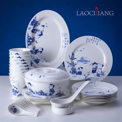 blue and white dinnerware top 28 blue and white dishes vintage currier ives blue and white china dishes a toile tale