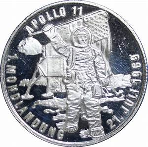 Switzerland, Commemorative medallion for Apollo 11 moon ...