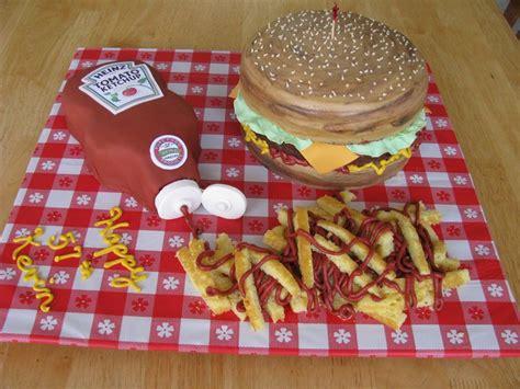 Hamburger & Ketchup - CakeCentral.com