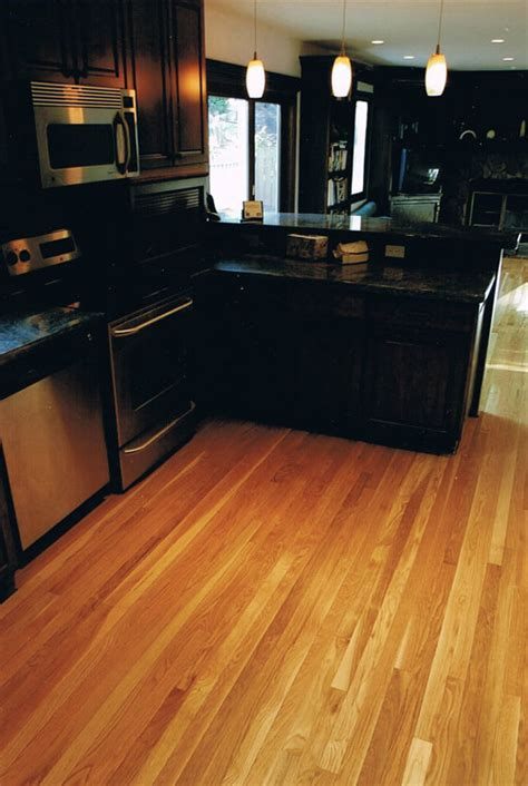Providing Contrast ? Dark vs. Light Flooring