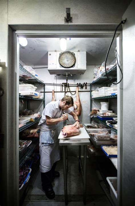 chef de cuisine st louis chris bolyard tapped as st louis butcher at knife pork