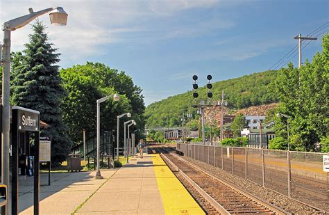 Suffern station - Wikipedia