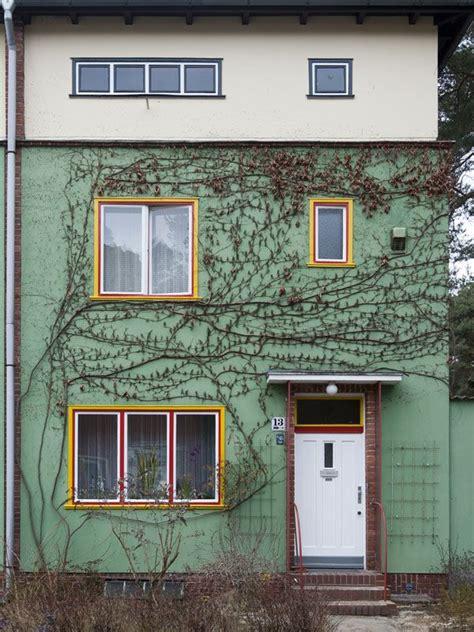 Haus Kaufen Berlin Bruno Taut by A House On Onkel Toms Hutte Siedlung Estate By Bruno