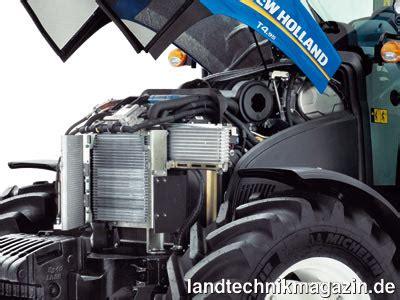 bild 2 angetrieben werden die neuen new traktoren t4 85 t4 95 und t4 105 einem 3 4