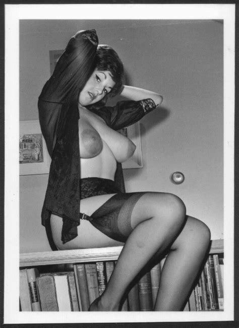 Julie Wills Williams Topless Nude Huge Heavy Hanging Breasts New Reprint X Jw