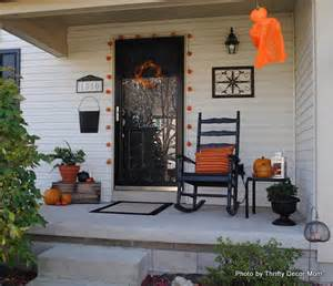 Front Door Decorations by Turn Fall Decorating Ideas Into Halloween Decor On Your