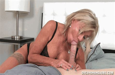 payton hall giving her step son mouth relief