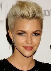 Coupe Courte De Cheveux Femme : coupe de cheveux tres courte femme 2016 ~ Dallasstarsshop.com Idées de Décoration