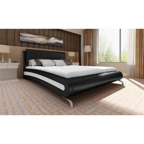 chambre avec lit noir lit 140x200 cuir noir avec matelas en promo pas cher
