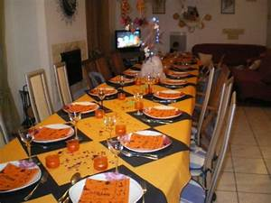 Decoration Halloween Pas Cher : d co table halloween le guide ultime en 86 photos ~ Melissatoandfro.com Idées de Décoration