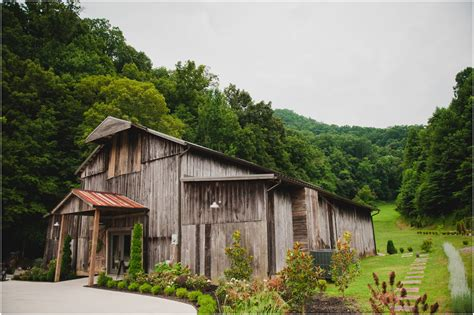 Barn Weddings Featuring The Barn At Chestnut Springs