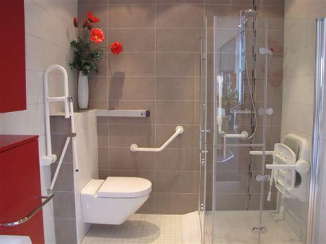 siege pour handicapé chaise salle de bain pour handicapé ekipia