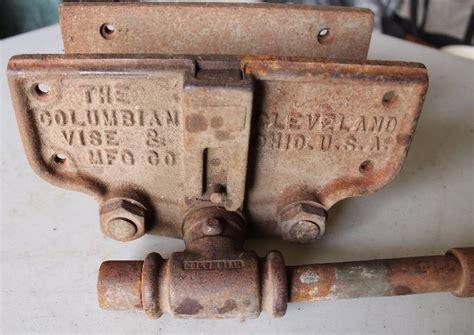 vintage columbian wood vise  columbian vise mfg