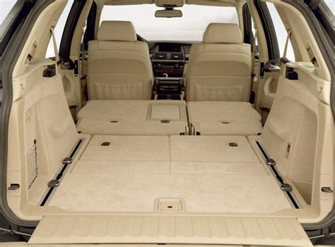 e70 rear seat cushion removal