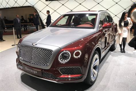 A Stately Phev New Bentley Bentayga Hybrid Has Arrived