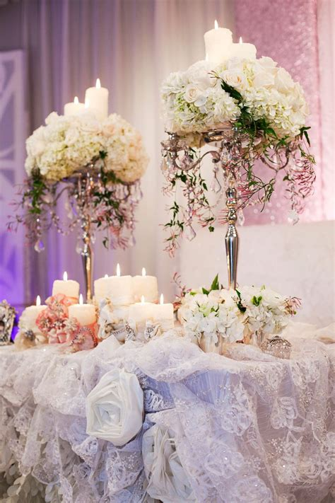 elegant floral centerpieces  wedding table