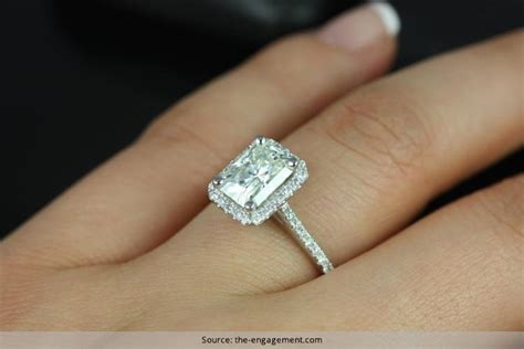 radiant cut engagement rings that would make you lose your