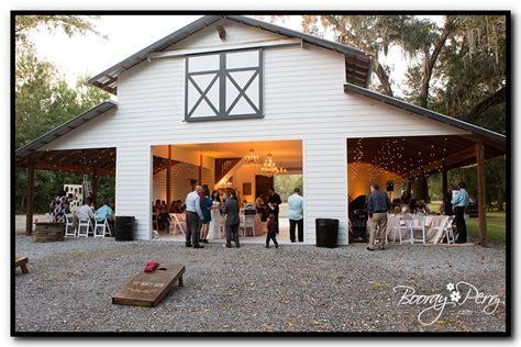 white barn wedding white barn wedding brooksville booray perry photography