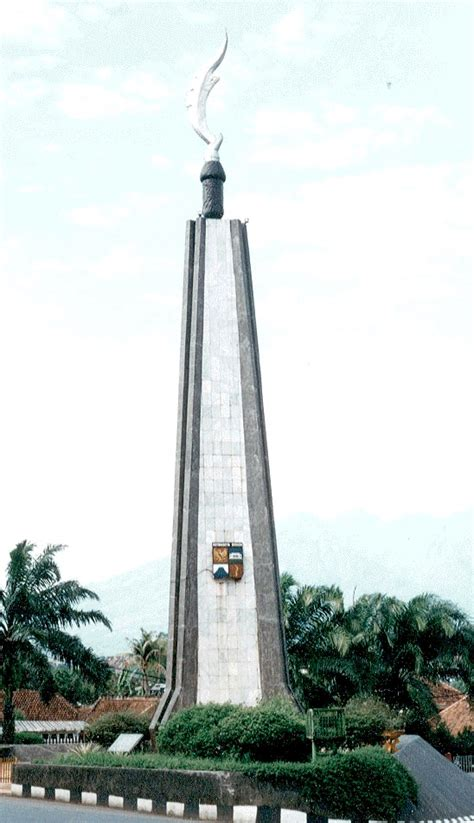 kujang wikipedia bahasa indonesia ensiklopedia bebas