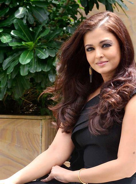 Aishwarya Rai Latest Photos  Bollywood Latest Photos