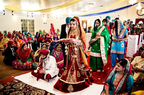 A Look At A Sikh Wedding Ceremony