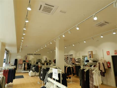 Lighting Store by Vero Moda Retail Store Lighting In Spain Upshine Lighting