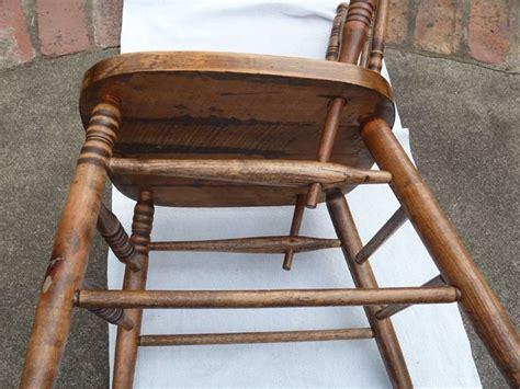 restauro sedia come restaurare una sedia manutenzione consigli per il