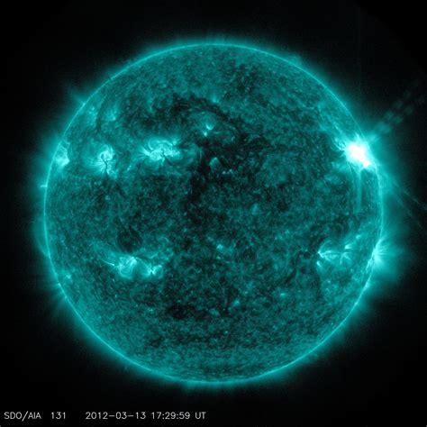 Sunspots and Solar Flares - NASA's Solar Dynamics ...