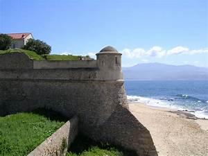 La Citadelle St Fons : citadelle office de tourisme d 39 ajaccio ~ Premium-room.com Idées de Décoration