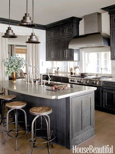 hinge deep gray stain  oak cabinets bayer