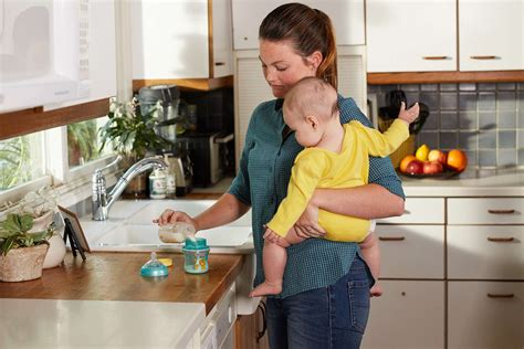 Breastmilk Formula Feeding Babies 4 6 Months Strong4life