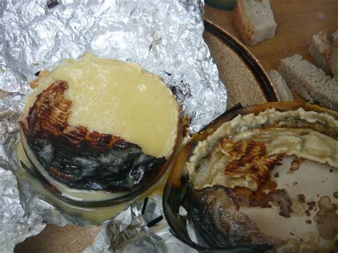 camembert au barbecue le monde de
