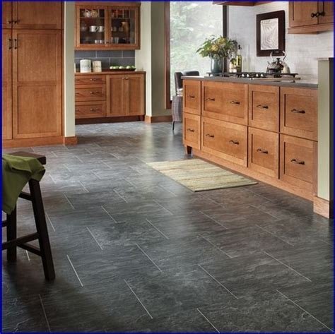 Installing Laminate Floors In Kitchen by Best 25 Laminate Tile Flooring Ideas On