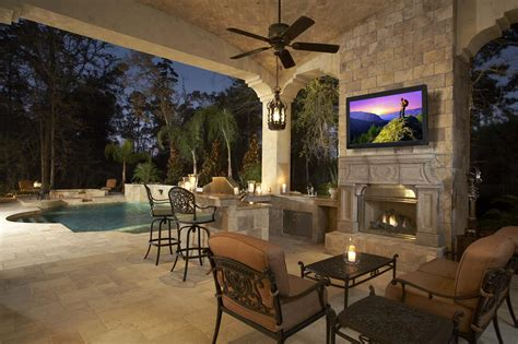 Best Outdoor Televisions For Backyard Entertainment ⋆ Official