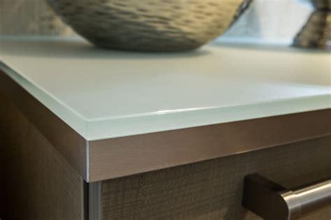 Arbeitsplatten Aus Glas, Holz, Naturstein Oder Schichtstoff