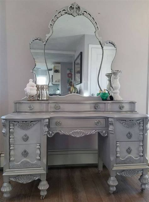 furniture vanity best 25 vintage vanity ideas on vanity table