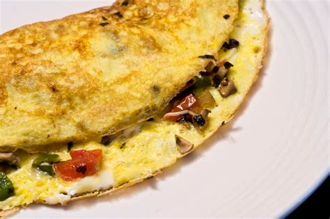 Easy Omelet Recipes To Try For Breakfast