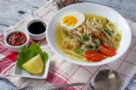 Langkah 1, merebus ayam dan bikin kaldu: Resep Soto Ayam Kampung Gaya Rumahan - Masak Apa Hari Ini?