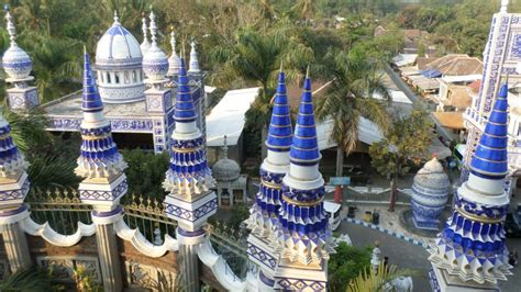 fakta fakta unik masjid tiban malang  membuat