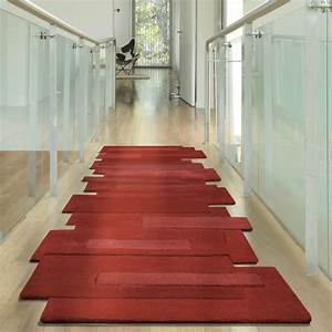 tapis de couloir rouge pebbles par angelo With tapis de couloir rouge