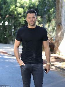Mark Wright laments being apart from Michelle Keegan again ...