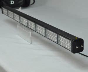 Barre Lumineuse Led : barre lumineuse led de signalisation directionnelle de ~ Edinachiropracticcenter.com Idées de Décoration