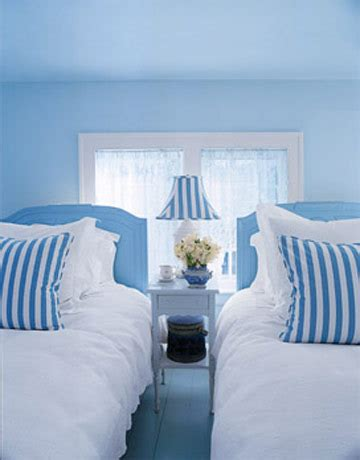 healthy wealthy moms romantic blue  white bedrooms
